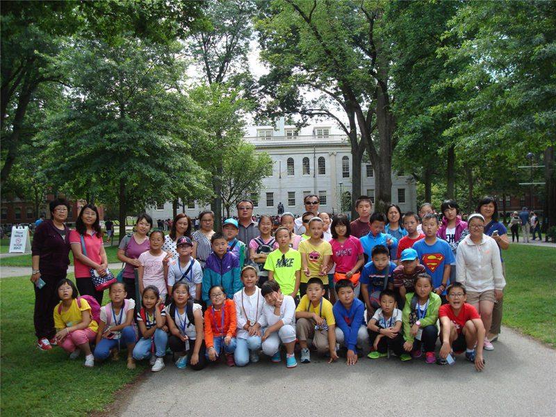北京市顺义区东风年级校园活动展小学上册广州版英语小学四