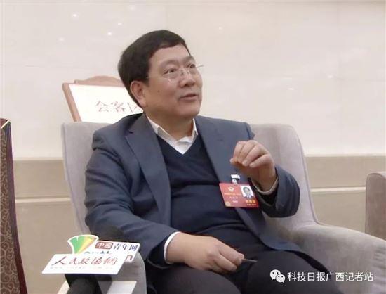 赵跃宇委员:突出中西部高校自身优势吸引人才