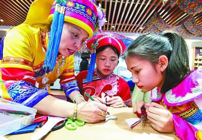 完善职教体系 培育具有工匠精神的人才