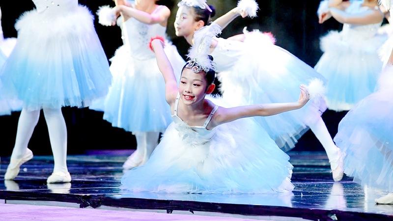 中国儿童艺术团经典作品展演现场
