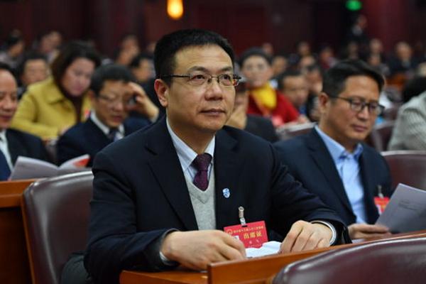 """西南交大校长支招四川""""南向开放"""":提高铁路运能建立丰富产业链"""