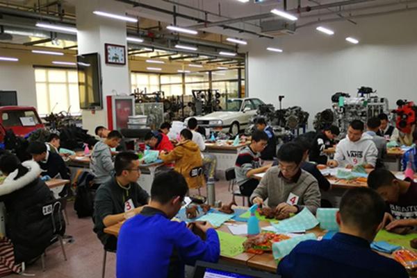 清华大学成功举办科学与工程挑战赛