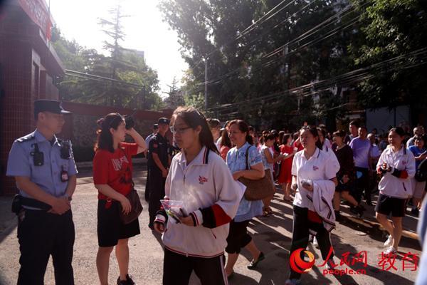 今年北京59209人报名高考 全市共设89个考点