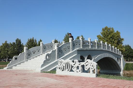装配式混凝土3D打印赵州桥在河北工业大学落成