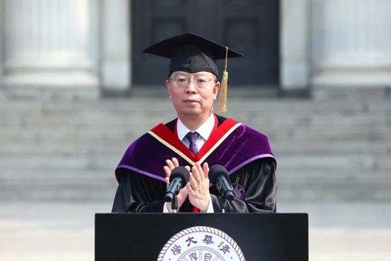 清华大学校长邱勇:用一生去坚守不可放弃的职责