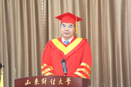 山东财经大学校长赵忠秀:在困厄中创造价值