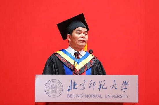 北京师范大学校长董奇:用行动战胜困难、成就人生!
