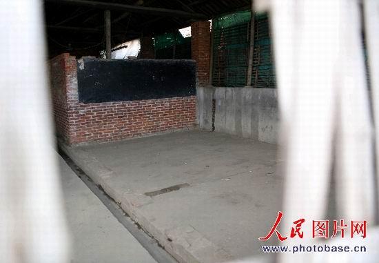 记者再次来到南昌市佛塔生猪批发市场旁边