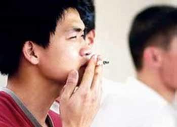 青少年吸烟危害大-我国青少年1400万是烟民