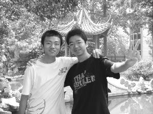 近几年来,江苏省海安高级中学的名师们一直为快报读者们提供着