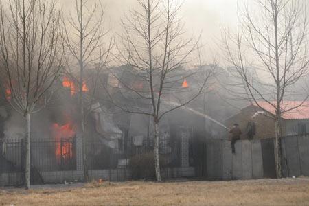 中央美术学院宿舍发生火灾1人受伤 5