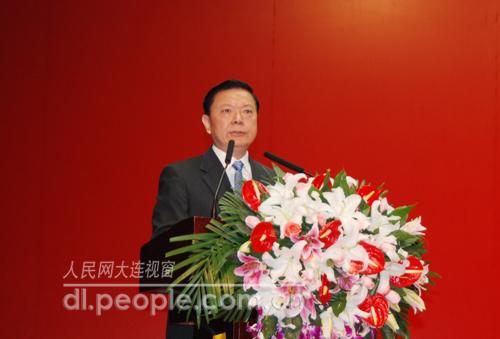 辽宁省委书记张文岳在开幕式上致辞