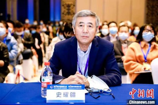 陕西师范大学教授、教育实验经济研究所所长史耀疆。 孙凯 摄