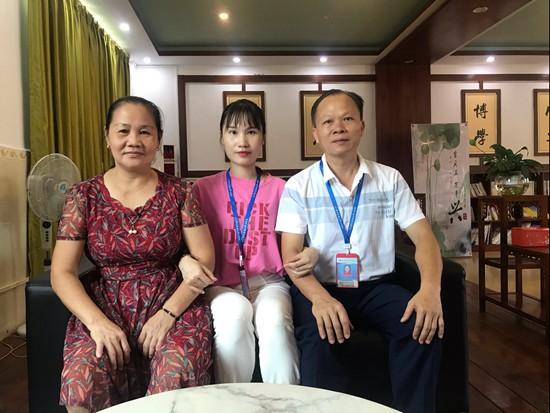 许丹丹:父辈叮嘱里点燃乡村孩子的梦想